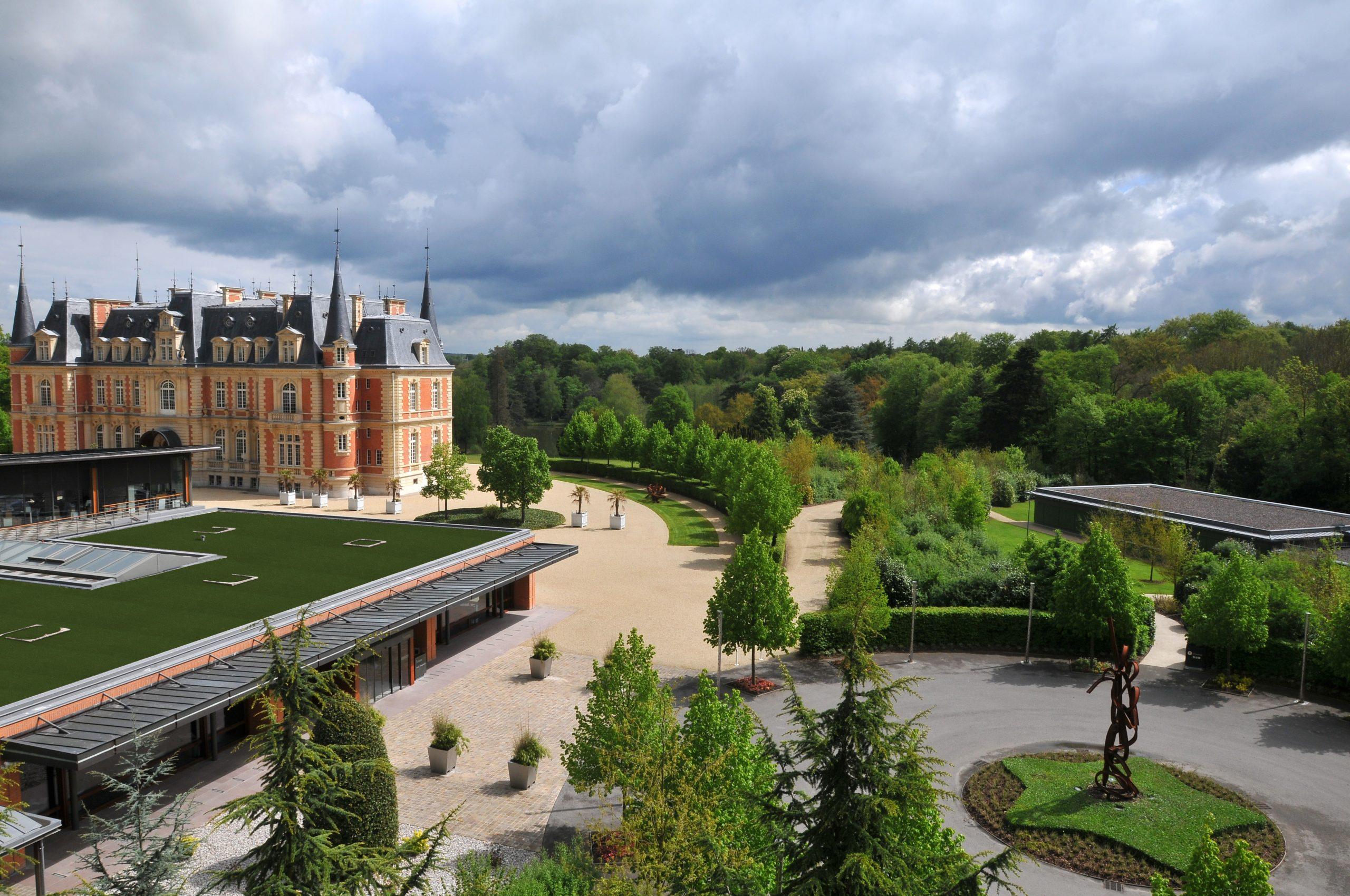 Le Campus Serge Kampf Les Fontaines